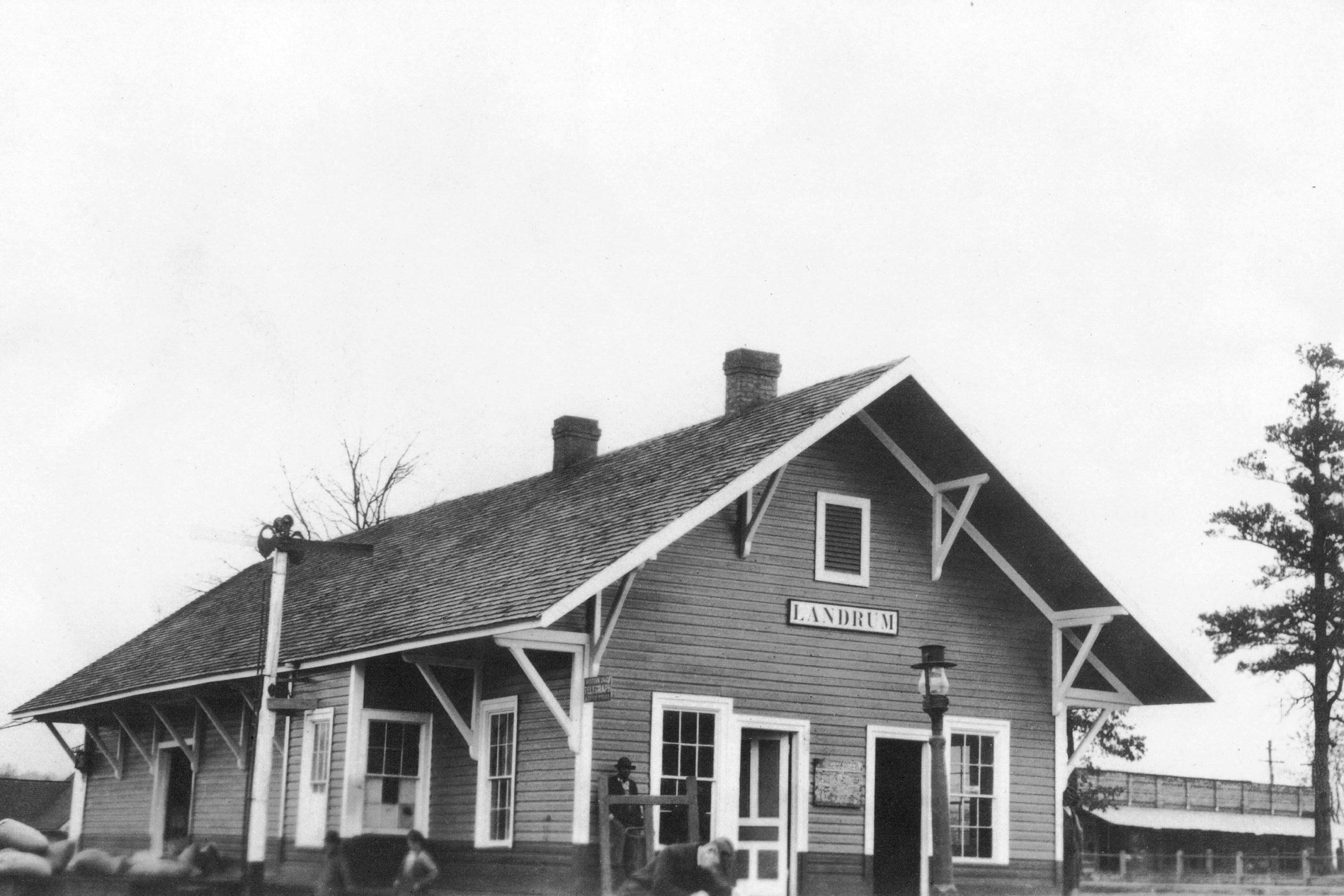 View of original depot in 1915.